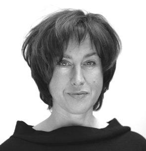 Dr Maria De Santis